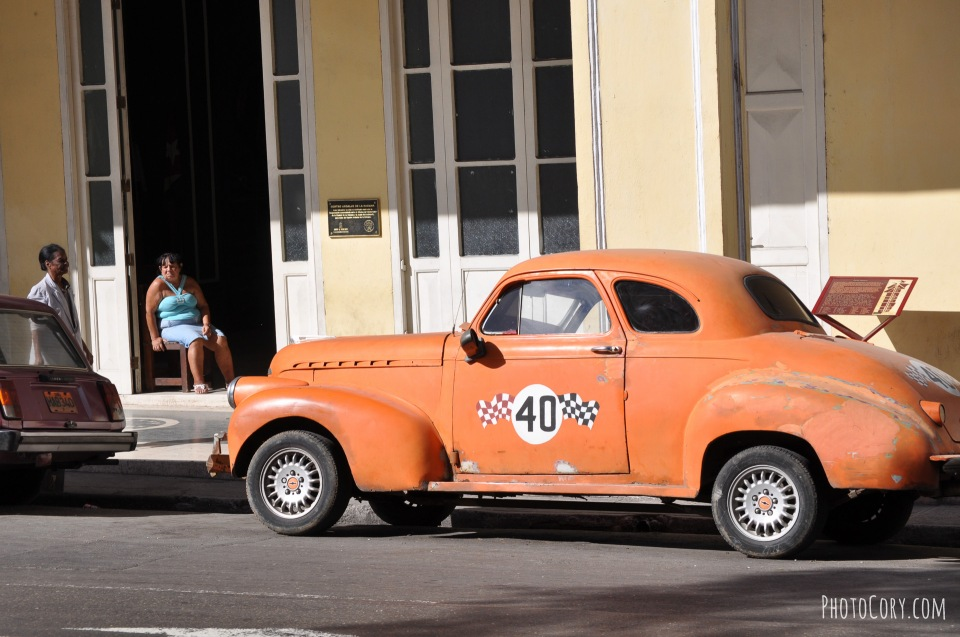 race car old in havana