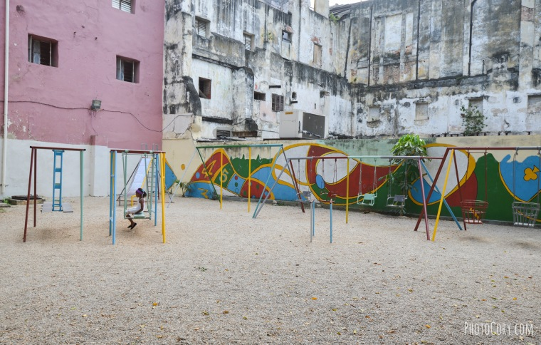 swings for children havana