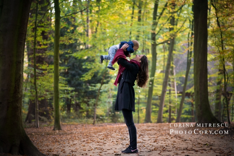 mom-and-baby-forest-parc-photoshoot
