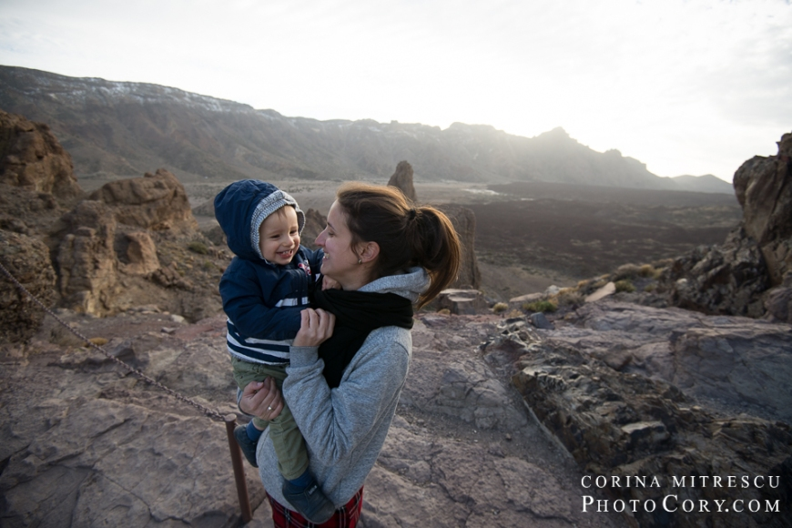 teide-with-toddler
